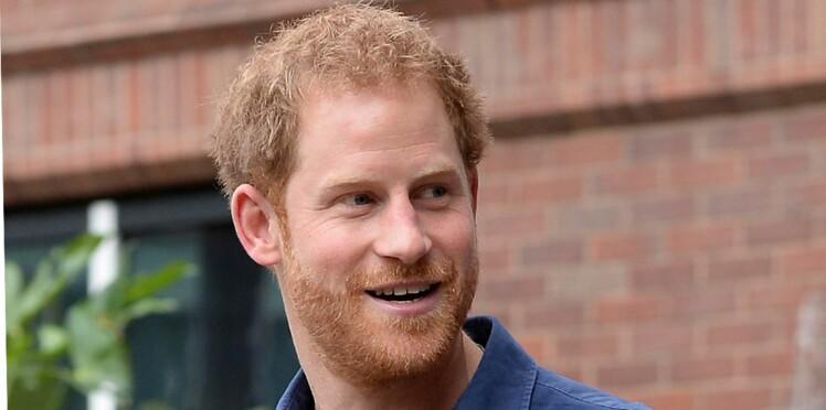 Le Prince Charles tombe amoureux de la fiancée de son fils Harry