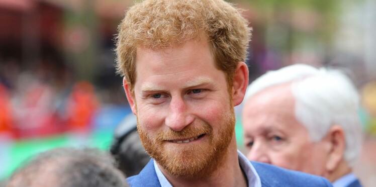 Le Prince Harry vient d'obtenir la bénédiction de la Reine pour épouser Meghan Markle