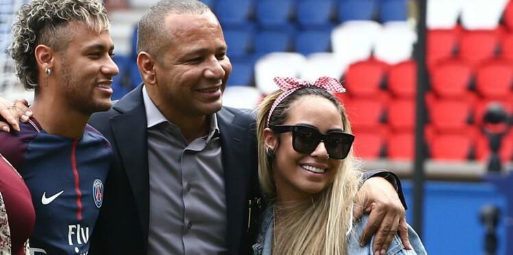 Photos - Qui est Rafaella, la petite sœur canon de Neymar ?