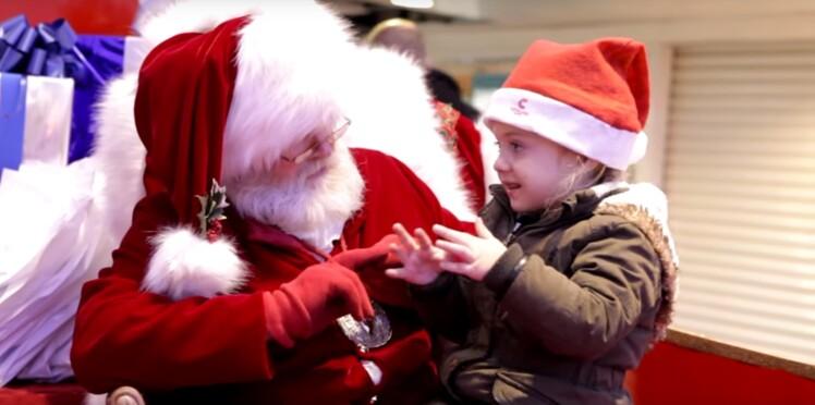 Vidéo : émouvante rencontre entre le père Noël et une petite fille malentendante