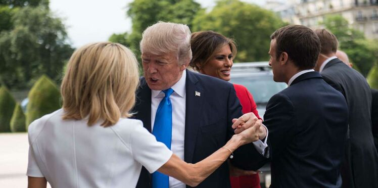 Moment de flottement lors des salutations entre Brigitte Macron et Donald Trump