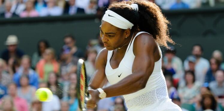 Serena Williams critiquée pour son physique, J.K. Rowling prend sa défense
