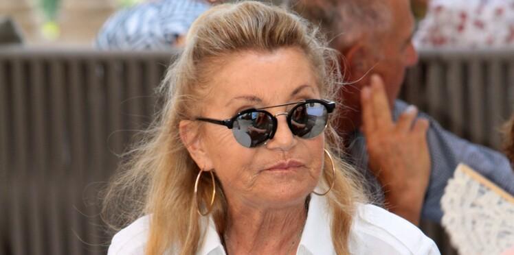 Sheila décide de monter sur scène pour deux concerts malgré la mort de son fils