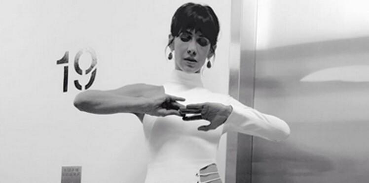 (Photos) Sophie Marceau, sublime dans sa robe osée, fait tourner bien des têtes...