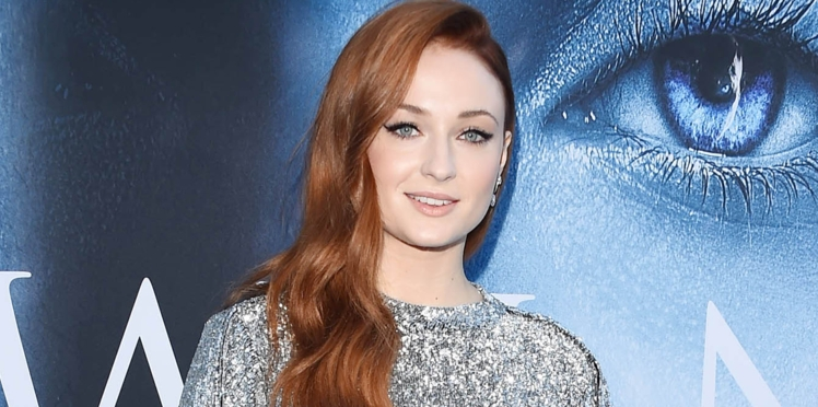 Sophie Turner (Game of Thrones) « pas assez maigre » dénonce la misogynie d'Hollywood