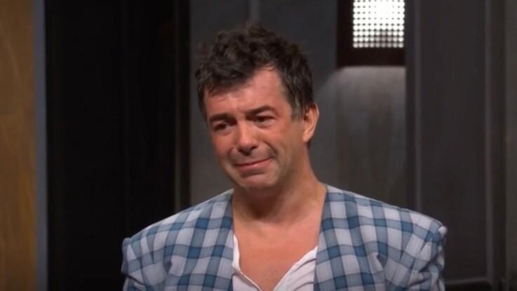 Stéphane Plaza fond en larmes sur scène, un an après la mort de sa maman