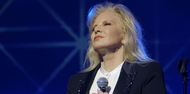 Photo – Sylvie Vartan rend hommage à Johnny Hallyday pour son anniversaire