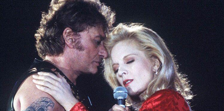 Sylvie Vartan rendra hommage à son amour de jeunesse, Johnny Hallyday, sur scène
