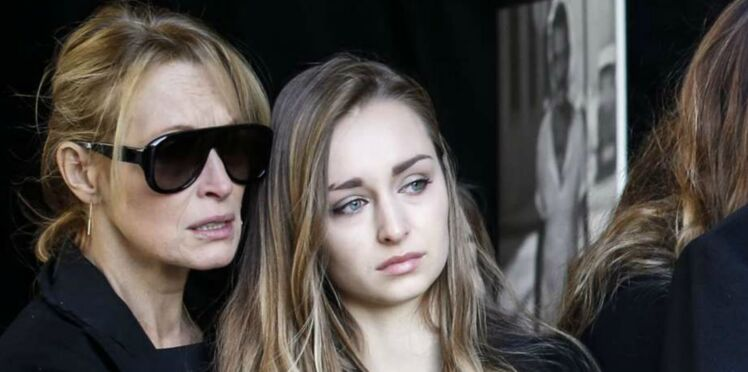 Testament de Johnny Hallyday : Emma Smet affectée