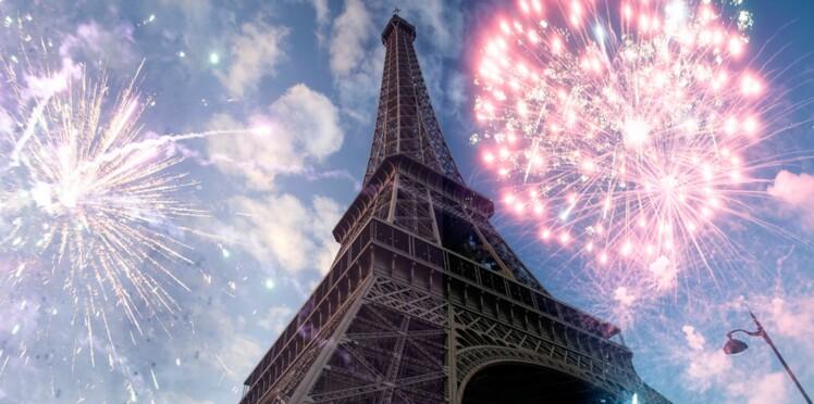 Pourquoi un feu d'artifices a-t-il été tiré de la Tour Eiffel hier soir?