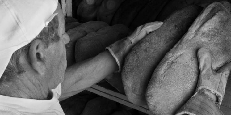 Un SDF sauve la vie d'un boulanger, il lui offre son commerce