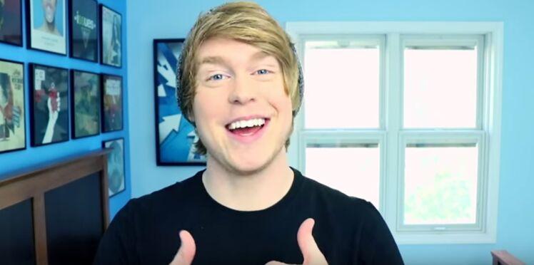 Une star de YouTube poursuivie pour avoir demandé des vidéos pornographiques à des mineures