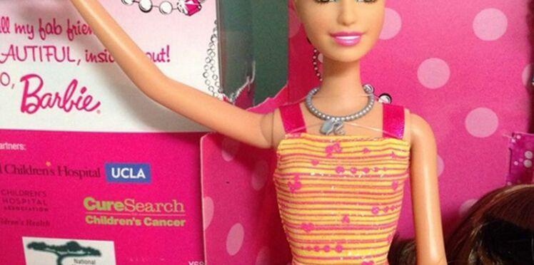 Une Barbie chauve pour réconforter les enfants malades