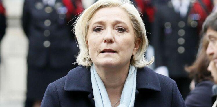 Ce cliché de Marine Le Pen jeune et seins nus agite les internautes