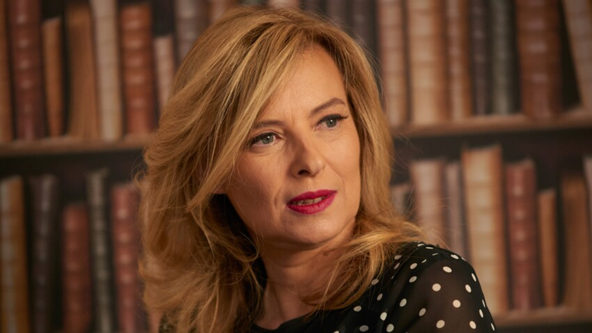 Les révélations de Valérie Trierweiler: François Hollande, sa nouvelle vie, son livre. Elle se confie à Femme actuelle.