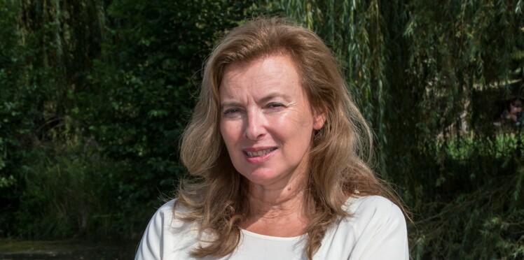 """Valérie Trierweiler touchée par un """"très beau geste"""" de Brigitte Macron"""
