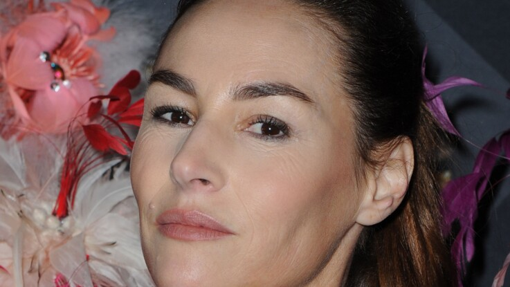 """Vanessa Demouy revient sur son divorce très douloureux : """"Je sors la tête de l'eau"""""""