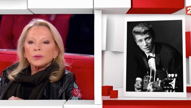 """Véronique Sanson : """"Johnny Hallyday n'avait aucune idée de l'icône qu'il était"""""""
