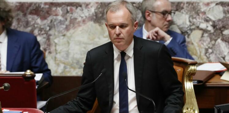 """Vidéo - """"Putain il est chiant lui"""" : quand le président de l'Assemblée se lâche en pleine séance"""