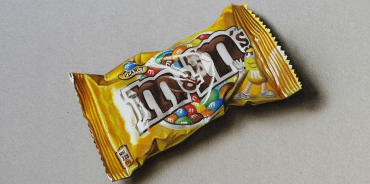 Un paquet de M&M's prend vie sous vos yeux