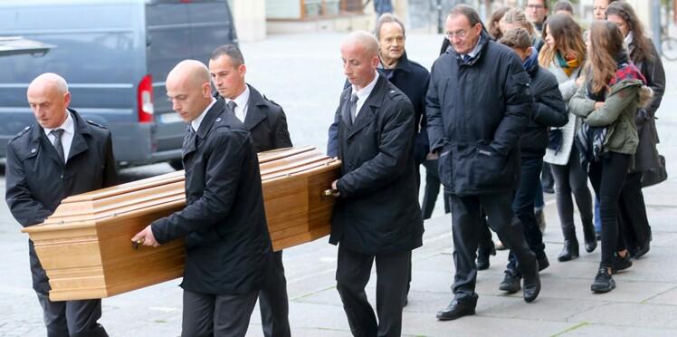 Photos : Jean-Pierre Pernaut extrêmement ému lors des obsèques de sa maman