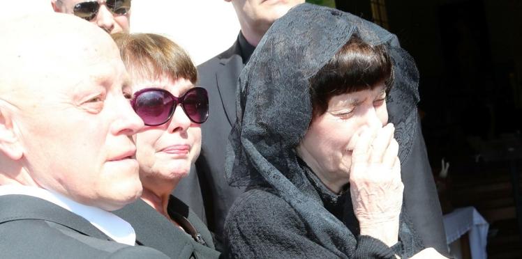 Photos : Mireille Mathieu a enterré sa maman à Avignon