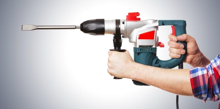 Plombier, électricien… Un devis obligatoire avant tout dépannage à domicile