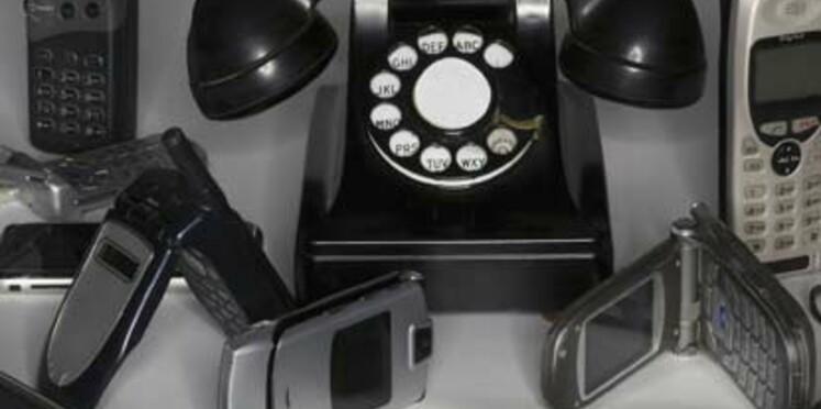 Téléphone pour senior : notre sélection de portables faciles à utiliser