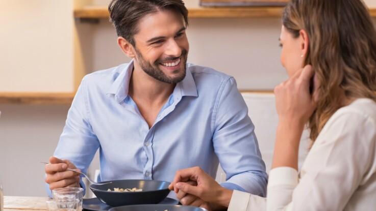 Vidéo : pourquoi perd-on l'appétit quand on est amoureux ?