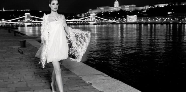 Collections 2011: les plus belles robes de mariée courtes