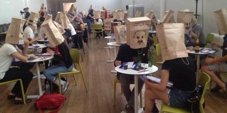 Draguer avec un sac sur la tête : le nouveau speed-dating qui fait fureur