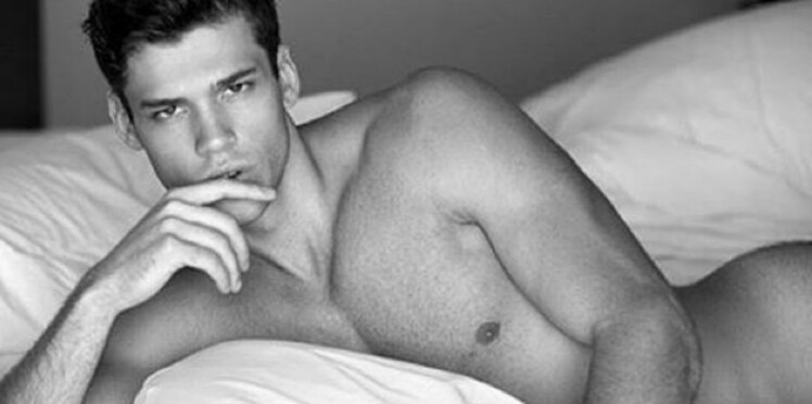 Hot Dudes in Bed : le compte Instagram sexy de la semaine