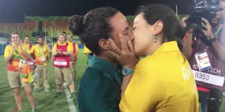 JO de Rio : une joueuse de rugby féminin demandée en mariage sur le terrain (vidéo)