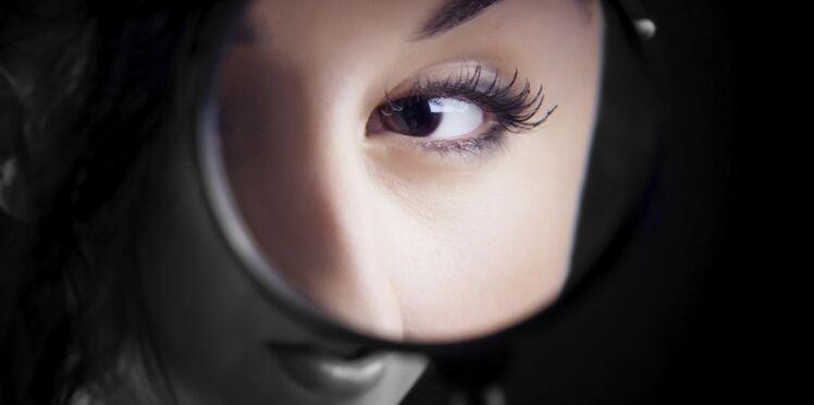 Les femmes : de vraies détectives pour séduire