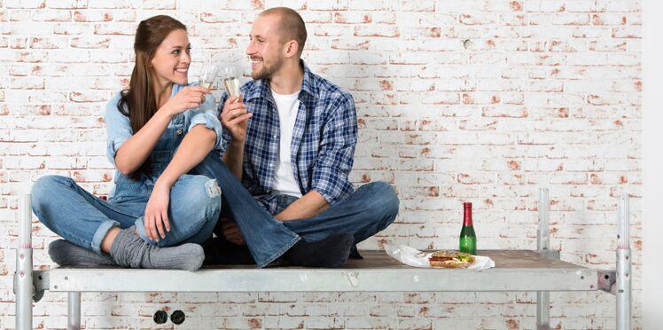 Pour être heureux en couple, trinquez ensemble !