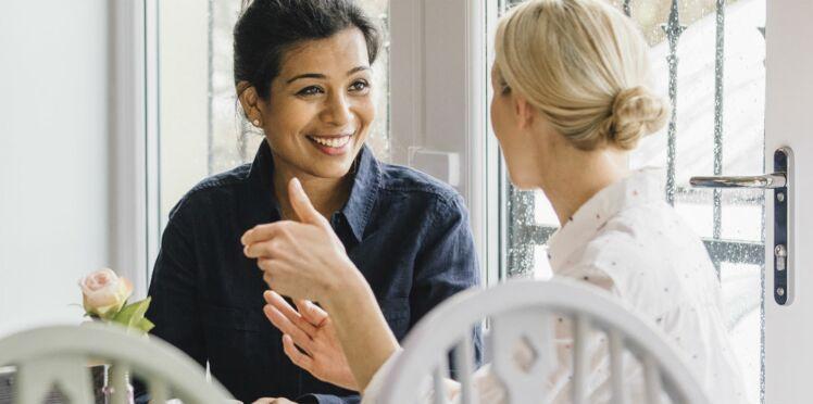 Découvrez ce que les femmes se racontent lorsqu'elles parlent de sexe entre elles