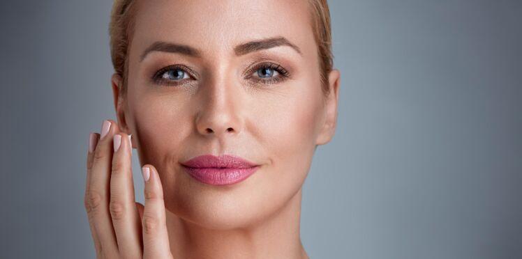 Anti-âge : comment se débarrasser des taches brunes