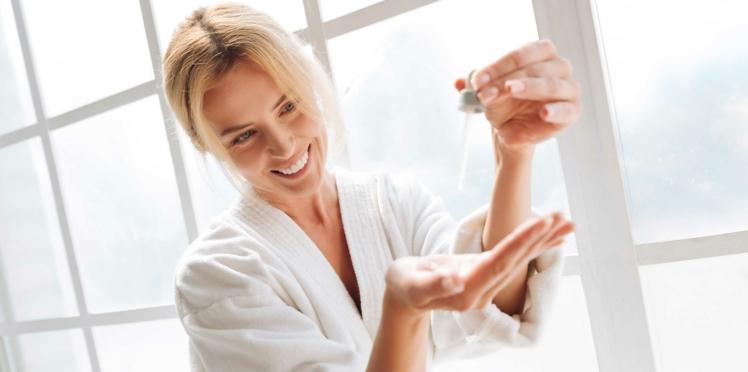 Le sérum est-il plus efficace le soir ou le matin ?