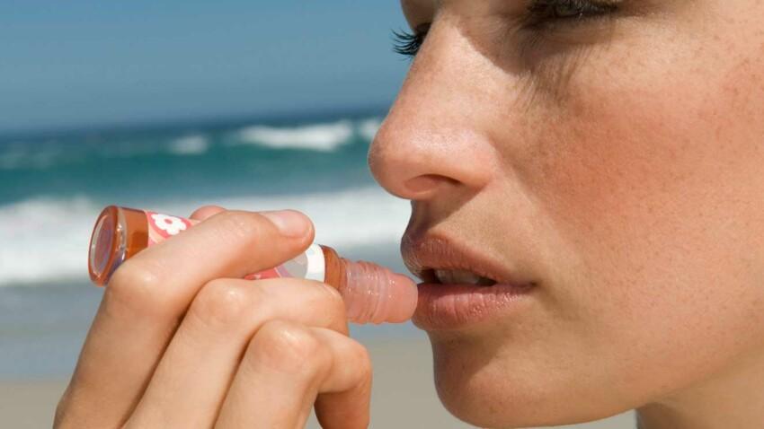 Baumes à lèvres protecteurs : 10 indispensables pour l'été