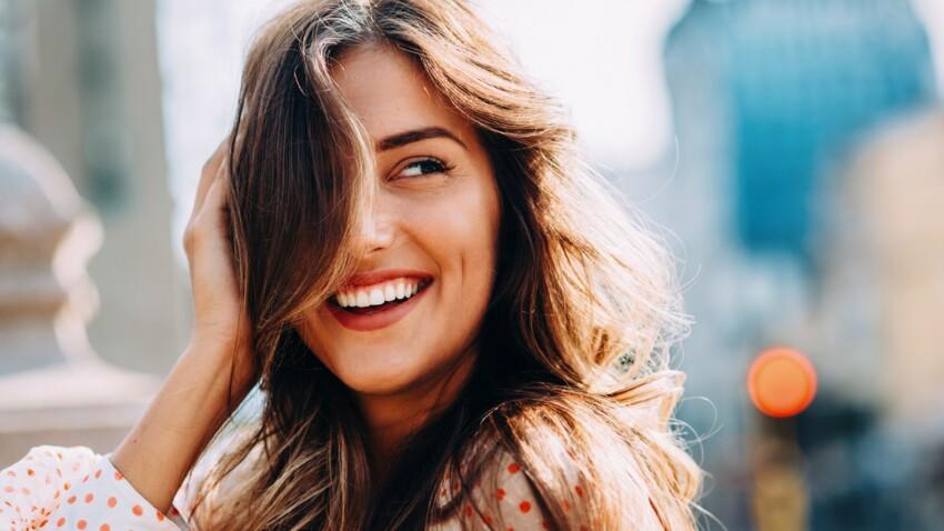 5 façons de lisser ses cheveux sans chaleur