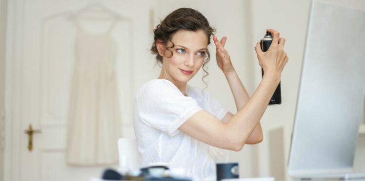 4 façons originales d'utiliser votre laque pour cheveux