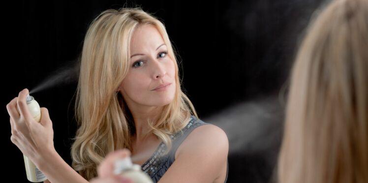 5 astuces coiffure avec de la laque