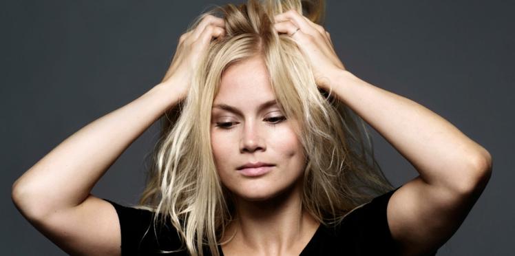 5 façons d'en finir avec les cheveux électriques