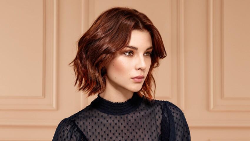 Cheveux brun rouge, un look flamboyant