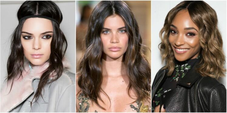20 idées de coiffures avec une raie au milieu