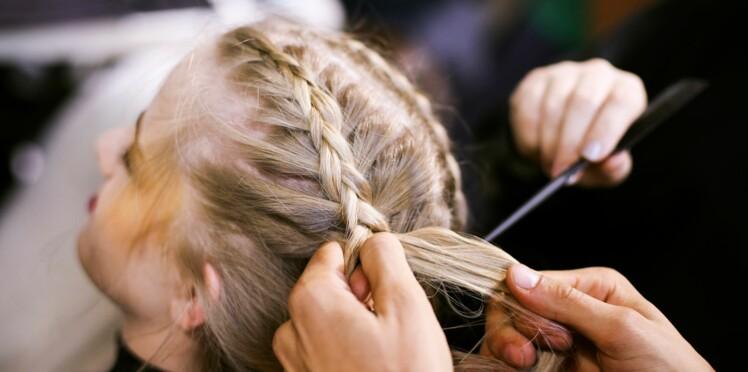 Comment faire une tresse sur cheveux mi long