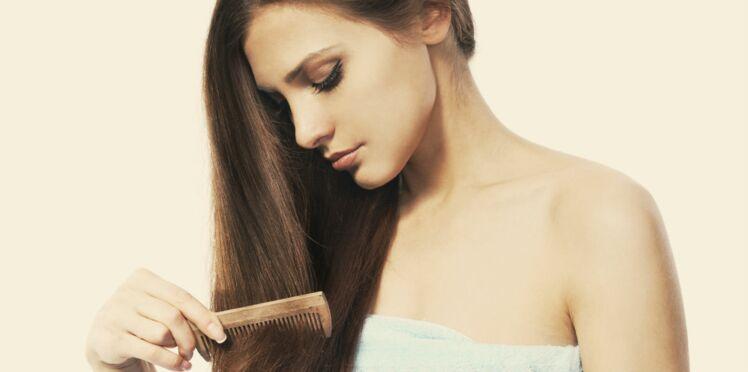 Perte de cheveux : 3 mauvaises habitudes qui vous dégarnissent