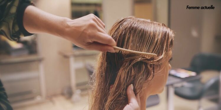 Vidéo : le bon geste pour démêler vos cheveux longs