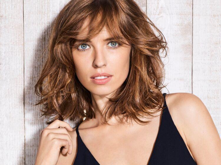 Comment obtenir un parfait carré ondulé, la coupe de cheveux qui rajeunit : Femme Actuelle Le MAG