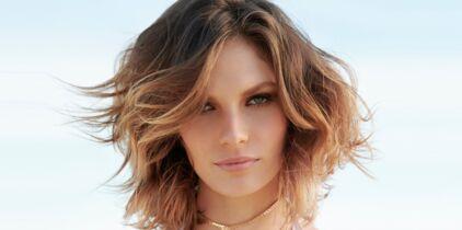 Comment Obtenir Un Parfait Carré Ondulé La Coupe De Cheveux